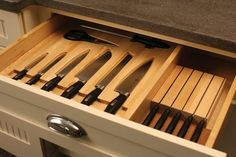 diy knife drawer block kitchen pinterest speisekammer design speisekammer und k che. Black Bedroom Furniture Sets. Home Design Ideas