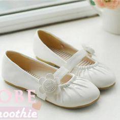 Smoothie Flower Flats PRICE  $30.00         #flats #fashion #shoe