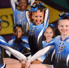 Talin Cheerleading Makeup, Cheer Makeup, Cheerleading Outfits, Cute Cheer Pictures, Cheer Picture Poses, Cheer Pics, Cheer Athletics, Cheer Stunts, Fairy Makeup