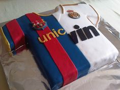 Barcelona Real Madrid Cake...we would rather have River Plate and Real Madrid