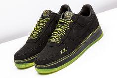 Latest Nike Sneakers, Best Sneakers, Sneakers Fashion, Sneakers Nike, Air Force Shoes, Nike Air Force, Af1 Shoes, Shoes Men, Black Neon