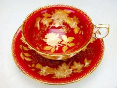 Wedgwood  Tonquin Ruby  1950 (I would love a red tea set. GORGE <3 )