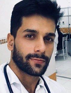 Handsome Arab Men, Scruffy Men, Handsome Faces, Hairy Men, Bearded Men, Beard Styles For Men, Hair And Beard Styles, Beautiful Men Faces, Gorgeous Men