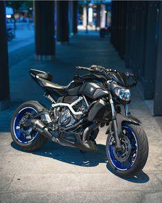 Mt 07 Yamaha, Yamaha Motorcycles, Cars And Motorcycles, Bajaj Motos, Suzuki Sv 650, Bmw Concept, Harley D, Bike Photoshoot, Super Bikes