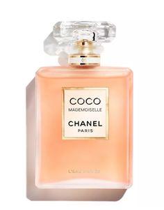 Chanel N 5, Chanel Perfume, Chanel Room, Perfume Gift Sets, Perfume Scents, Coco Chanel Mademoiselle, Estee Lauder Gift, Parfum Spray, Perfume Bottles