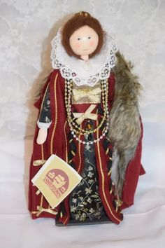 Vintage Doll Wood Carved Artist Doll Queen Elizabeth Mary Michaud : Oldeclectics | Ruby Lane