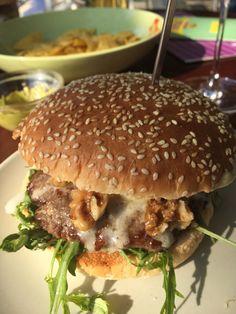 Biological blue cheese burger by Blondies, Bochum, Germany