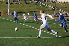 #Alvernia has a reputation for winning athletic teams and a fired-up school spirit. Students are known to rally around our teams and cheer on the #Crusaders for both home and away games no matter the sport. #soccer #DivisionIII