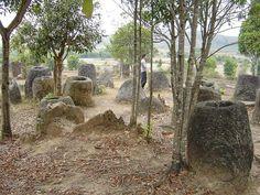 Extraños recipientes de piedra rodeados de restos humanos sorprenden a los arqueólogos en Laos – HISTORIA Y ARQUEOLOGIA