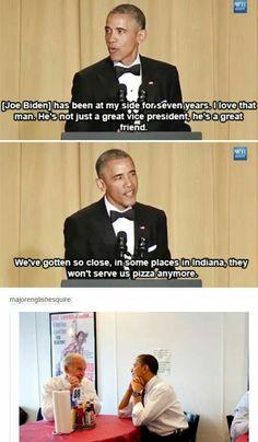 Haha I love Obama and Biden love😍 Stupid Funny, Funny Cute, The Funny, Hilarious, Funny Stuff, Funny Things, Stupid Things, Random Things, Random Stuff
