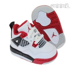Les Jordan Fire Red 4 pour petits pieds !   #swagg #nike #enfant