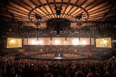 Madison square garden ❤️We make it call and lot of funs💞 ————————- . Carrie Underwood New Album, Madison Square Garden, Single Dads, Concert Photography, Music Industry, Carry On, Chandelier, Ceiling Lights, Pretty