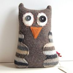 carolyn this looks a lot like owlie maybe we could get someone to make some for us