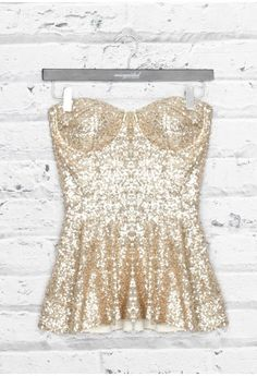 All sequined and sparkly = hot