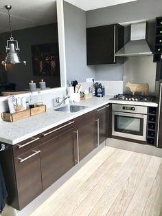 Keuken landelijke stijl Kitchen Island, Kitchen Cabinets, House, Extensions, Home Decor, Television Set, Island Kitchen, Decoration Home, Home