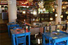 DatHotel & Wereldeethuis Bazar in Rotterdam erg populair is, is niet zo gek. Met een goeie geprijsde kaart met gerechten uitNoord-Afrikaen het Midden-Oosten is dit een lekker (en kleurrijk) restaurant waar je je prima een avondje kan vermaken.