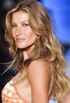 Hair Color 101: How to Go Brond via @byrdiebeauty