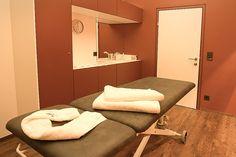Massagen in St. Anton am Arlberg - herrlich Genießen im ARLBERG-well.com St Anton, Massage, Spaces, Cabinet, Storage, Furniture, Home Decor, Clothes Stand, Purse Storage