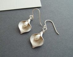Calla Lily Earrings, White Gold , Pearl Earrings, Calla Lily Jewelry via Etsy
