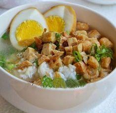 Ingin tahu Resep Cara Membuat Nasi Bakmoy yang enak dan praktis ? berikut Resep Cara Membuat Nasi Bakmoy . Bahan: 200 gram dada ayam rebus, 200 gram tahu...