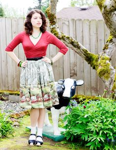 #look #skirt #interesting #print