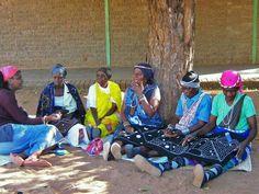Women of Homu Mincheka White