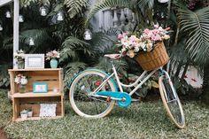decoração piscina chique bicicleta retro casamento maison saint germain