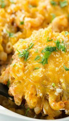 Cheesy Macaroni and Beef Casserole