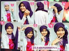 Tutorial Hijab Cantik dan Sangat Praktis bisa kamu coba style yang satu ini Hijab with Pasmhina simple dan girly Tutorial Hijab Modern, Tutorial Hijab Pesta, Pashmina Hijab Tutorial, Hijab Style Tutorial, Fashion 2020, Hijab Fashion, Muslim, Girly, Simple