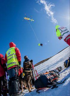 Skredøvelse i Rauland 2 april 2012 - med Norsk Luftambulanse, Røde Kors og Norske Redningshunder
