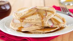 Apple Pancakes with Cider Spiced Syrup: Welcome fall by serving spiced apple pancakes drizzled with a warm maple and cider syrup. Brunch Recipes, Breakfast Recipes, Snack Recipes, Cooking Recipes, Drink Recipes, Breakfast Ideas, Breakfast Pastries, Breakfast Club, Pastry Recipes
