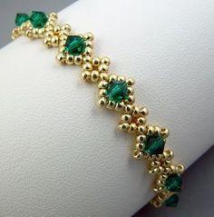 "Royal Emeralds Bracelet by arosebyname ""Items similar to Royal Emeralds Bracelet on Etsy"" Beaded Bracelet Patterns, Woven Bracelets, Seed Bead Bracelets, Seed Bead Jewelry, Bead Jewellery, Handmade Bracelets, Jewelery, Handmade Jewelry, Beads Jewellery Designs"