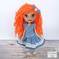 Crochet Doll 👩🏻🦰👋🏻 Disney Characters, Fictional Characters, Dolls, Disney Princess, Crochet, Instagram, Art, Amigurumi Doll, Baby Dolls