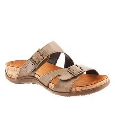 5ab2cab98d09d Amazon Best Sellers  Best Women s Outdoor Shoes