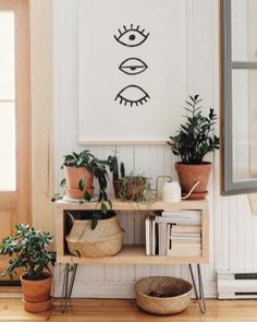 A mix of midcentury modern bohemian and industrial interior style Home and apartment decor decoration ideas home design bedroom living room dining room kitchen bathroom. Modern Apartment Decor, Apartment Interior, Apartment Design, Apartment Living, Apartment Ideas, Apartment Office, Bohemian Apartment, Modern Decor, Rustic Decor