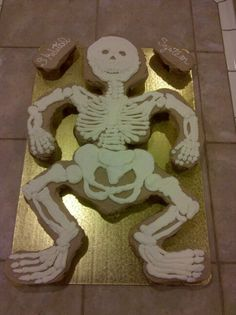 School Project- Skeletal System Cupcake cake, without labels yet. By ...