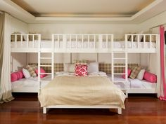 sleepover room...holy awesomeness! #home #decor