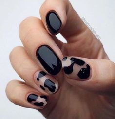 In seek out some nail designs and ideas for your nails? Listed here is our listing of must-try coffin acrylic nails for modern women. Minimalist Nails, Cute Nails, Pretty Nails, Hair And Nails, My Nails, Nails Inc, Makeup Black, Black Nail Art, Black Gel Nails