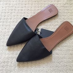 Zara flat slip on Mules Rare Zara slides as featured on all the blogs! Never been worn tags still agh attached! Zara Shoes Flats & Loafers