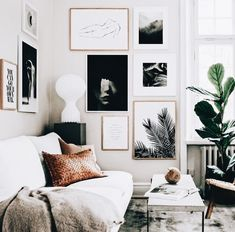 5 Reasons why Black and White abstract art is dreamy for your home (Daily Dream Decor) - Home Decoration Ideas Decoration Design, Decor Interior Design, Room Interior, Interior Decorating, Interior Design For Living Room, Interior Doors, Interior Ideas, Interior Styling, Cozy Living Rooms