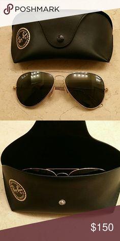 Ray-Ban Sunglasses Ray-ban classic aviator sunglasses Super light (Titanium) POLARIZED Black case included Excellent condition Ray-Ban Accessories Sunglasses
