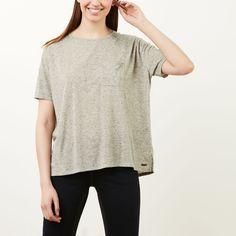 www.roots.com ca en grandfalls-top-24040116.html?cgid=womens-Short-sleeve-T-shirts&start=18&selectedColor=M30