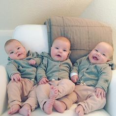 Twin Baby Boys, Cute Baby Boy, Lil Baby, Twin Babies, Cute Kids, Cute Babies, Baby Kids, Newborn Triplets, Baby Girl Newborn