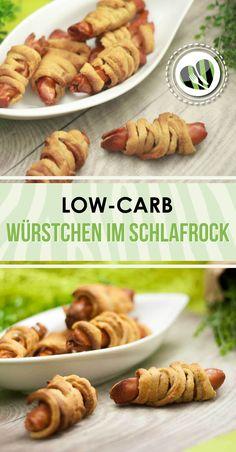 Die low-carb Würstchen im Schlafrock sind eine gute Alternative als Snack. Zudem ist das Rezept auch glutenfrei.