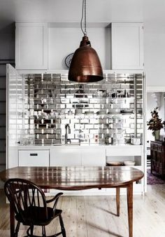 A splashback made from mirror bevelled tiles brings a touch of glamour to this LOVE THIS BACKSPLASH! From 'Mirror Finish', a story on page 184 of Vogue Living Sept/Oct Photograph by Sharyn Cairns. Kitchen Interior, Kitchen Decor, Bathroom Interior, Küchen Design, House Design, Tile Design, Design Ideas, Design Bathroom, Graphic Design