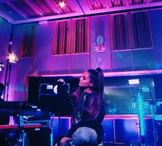 Bbc Live, Bbc Radio 1, Ariana Grande, Archive, Lounge, Events, Concert, Airport Lounge, Drawing Rooms