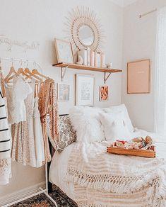 Cute Bedroom Decor, Bedroom Decor For Teen Girls, Room Design Bedroom, Room Ideas Bedroom, Bedroom Inspo, Dream Bedroom, Aesthetic Room Decor, Cozy Room, My New Room