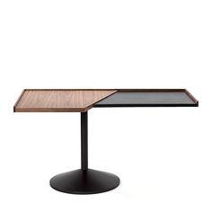 Franco Albini's 840 Stradera table for Cassina.