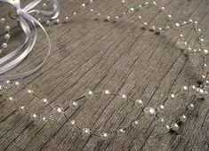 : Florence - Headband para Noivas * Tiara / Headband Feita com Fio Coop. Diy Hair Accessories Bridal, Tiara Diy, Hair Jewelry, Bridal Jewelry, Hair Brooch, Bridal Hair Pins, Hair Beads, Beads And Wire, Beaded Jewelry