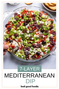 Try this easy Mediterranean twist on the popular 7 layer dip for your next party; perfect appetizer to feed a crowd and dip with pita chips! Mediterranean Appetizers, Mediterranean Spices, Healthy Dips, Healthy Meals, Healthy Recipes, Layer Dip, Appetizers For Party, A Food, Food Processor Recipes